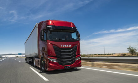 IVECO Dealers demonstrate left-hand drive IVECO S-WAY ahead of Q4 RHD UK introduction.