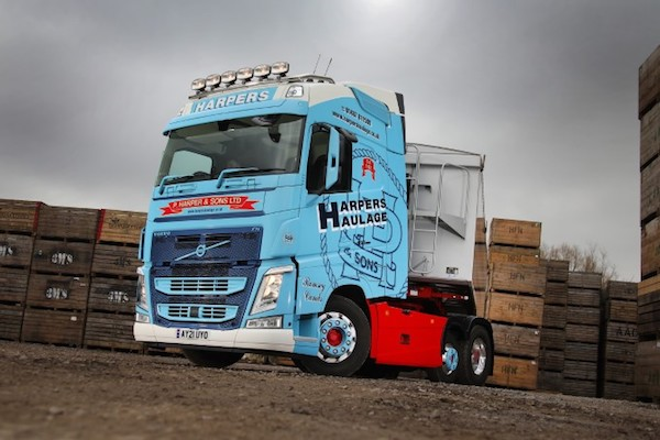 VOLVO FH WITH I-SAVE HITS THE RIGHT NOTES FOR P HARPER & SONS