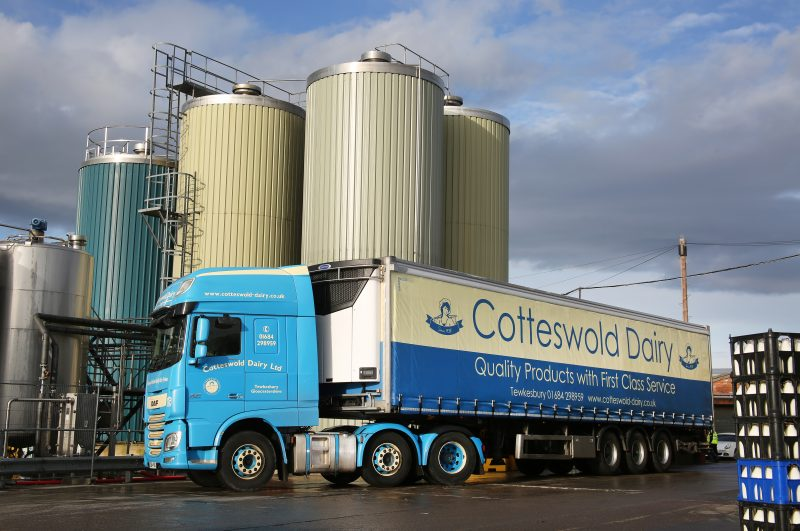Carrier Transicold Delivers Cotteswold Dairy Environmental Benefits with Vector HE 19 Units